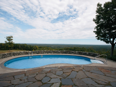 Property Feature : Pool With A View